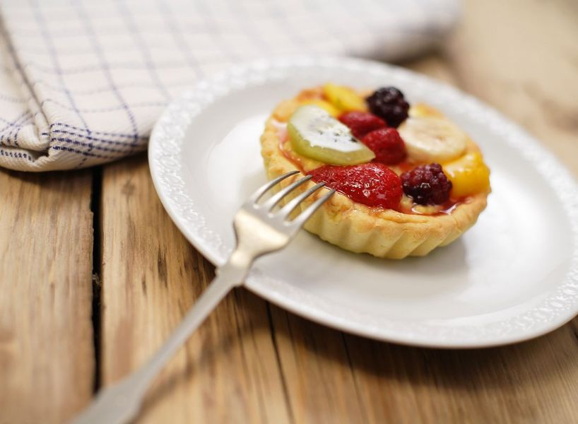 Tortine al kefir di banana e frutto di bosco