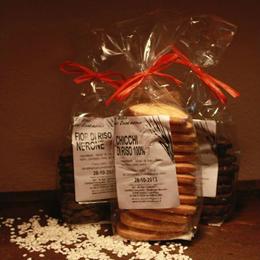 Biscotti di riso fiori nerone
