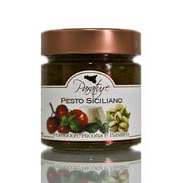 Pesto siciliano pomodori, ricotta e basilico
